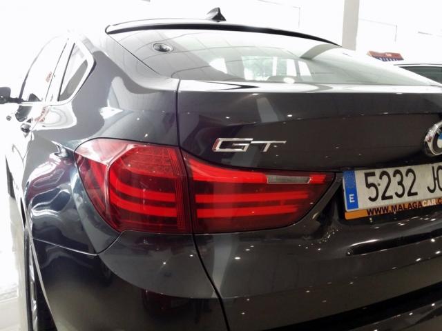 Bmw Serie 5  530d Gran Turismo 5p. de ocasión en Málaga - Foto 9
