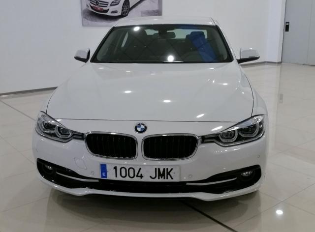 bmw serie 3 2016 318d 4p 27 900 14 285km diesel white BMW 3 Series M bmw serie 3 318d 4p de ocasi n en m laga foto
