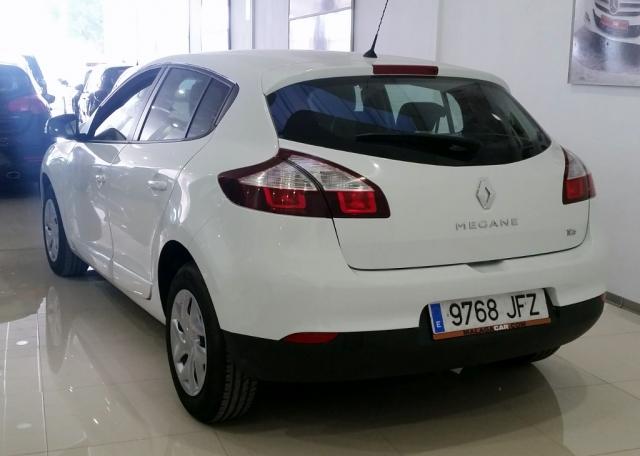 Renault Megane  Intens Energy Tce 115 Ss Eco2 5p. de ocasión en Málaga - Foto 3