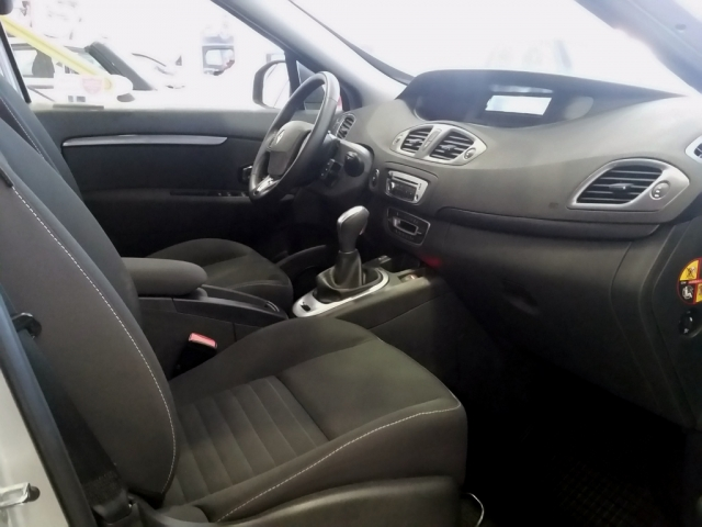 RENAULT GRAND SCENIC Grand Scénic LIMITED dCi 110 EDC 7p Euro 6 5p. for sale in Malaga - Image 5