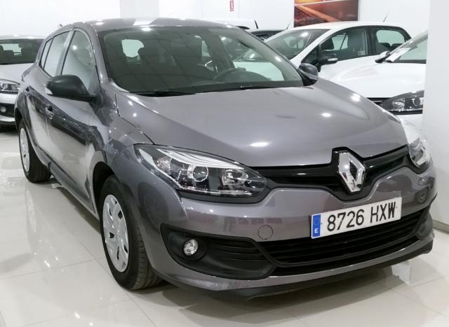 Renault Megane  Life Energy Tce 115 Ss 5p. de ocasión en Málaga - Foto 2