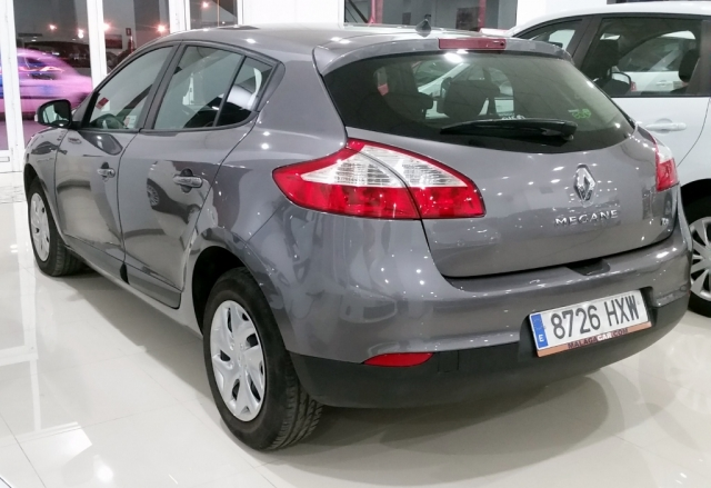 Renault Megane  Life Energy Tce 115 Ss 5p. de ocasión en Málaga - Foto 3