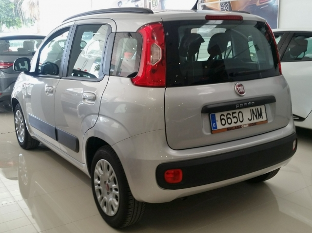 Fiat Panda  1.2 Lounge 69cv Eu6 5p. de ocasión en Málaga - Foto 3
