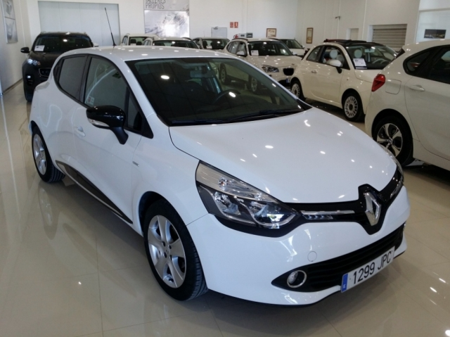 RENAULT CLIO  Limited 1.2 16v 75 5p. de segunda Mano en Málaga