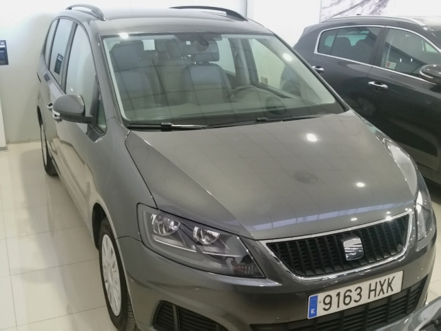 SEAT ALHAMBRA  2.0 TDI 140 CV Ecomotive Reference 5p. for sale in Malaga - Image 2
