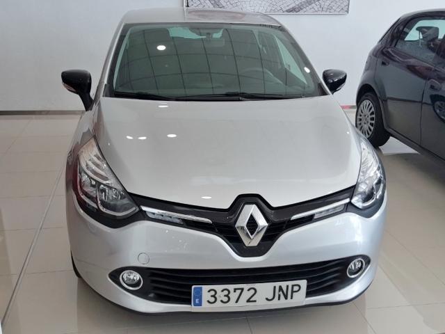 RENAULT CLIO  Limited 1.2 16v 55kW 75CV 5p. de segunda Mano en Málaga