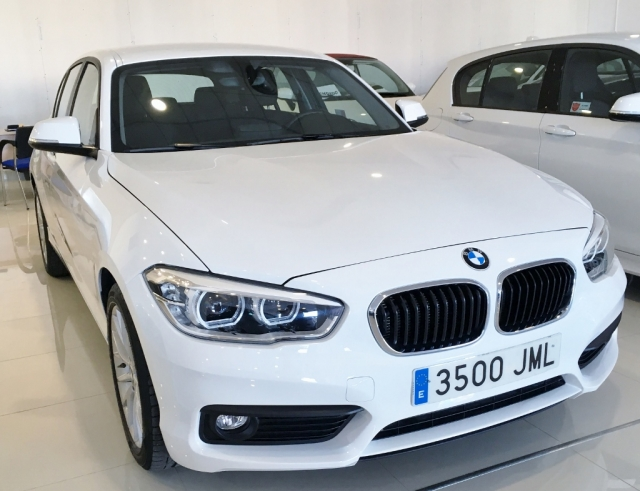 BMW SERIE 1  116d EfficientDynamics 5p. de segunda Mano en Málaga