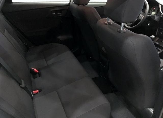 Toyota Auris  1.4 90d Business 5p. de ocasión en Málaga - Foto 5