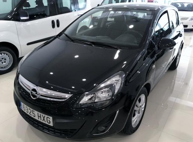 Opel Corsa  de ocasión en Málaga - Foto 1