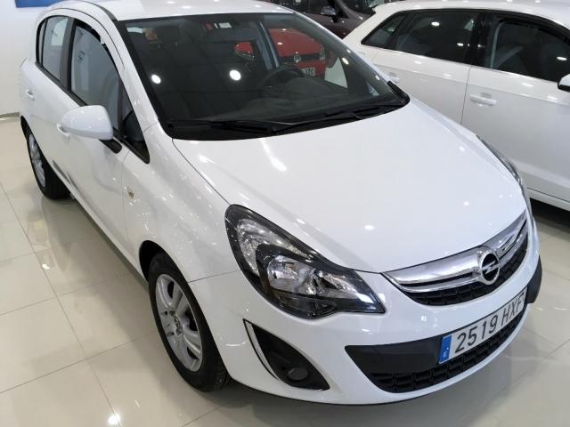 Opel Corsa  1.2 Selective  de ocasión en Málaga - Foto 1