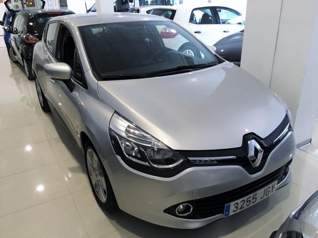 RENAULT CLIO  Expression 1.2 16v 75 5p. de segunda Mano en Málaga