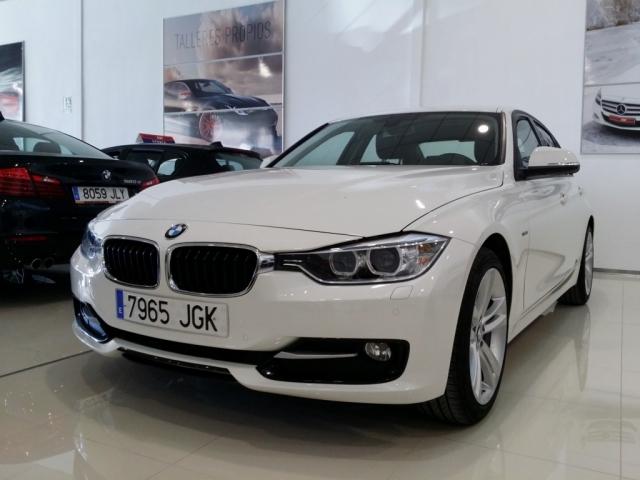 BMW SERIE 3  318d 4p. de segunda Mano en Málaga