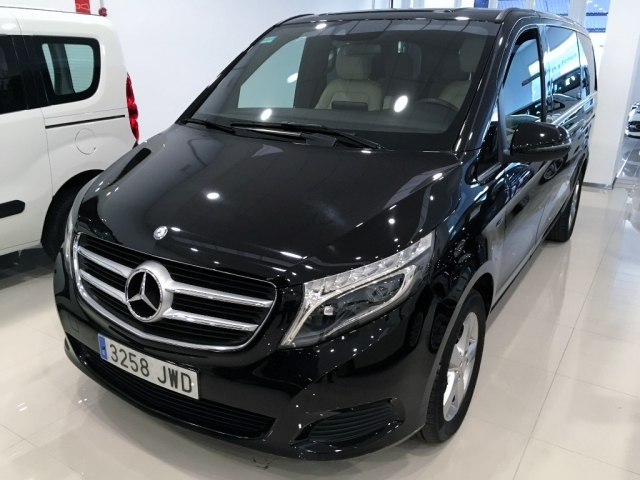 Mercedes-benz V  220 Cdi Aut de ocasión en Málaga - Foto 1