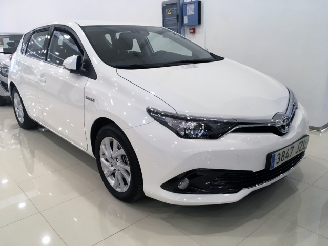 toyota auris 2017 hibrido active pack sensor h brido automatic. Black Bedroom Furniture Sets. Home Design Ideas