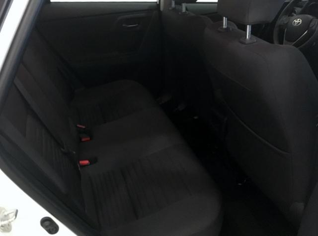 Toyota Auris  Hibrido Active Pack Sensor de ocasión en Málaga - Foto 5