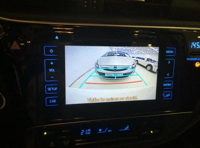 Toyota Auris  Hibrido Active Pack Sensor de ocasión en Málaga - Foto 10