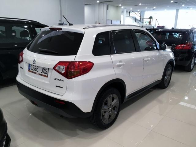 Suzuki Vitara 1.6v Gle 4wd de ocasión en Málaga - Foto 3