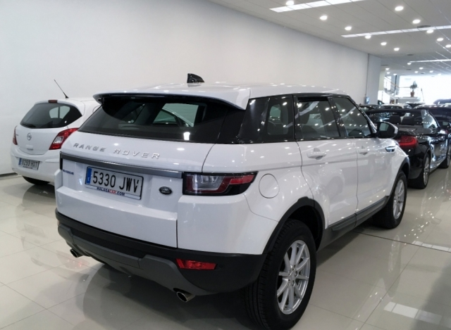 Land-rover Range Rover Evoque  2.0l Ed4 Diesel 150cv 4x2 Pure 5p. de ocasión en Málaga - Foto 3