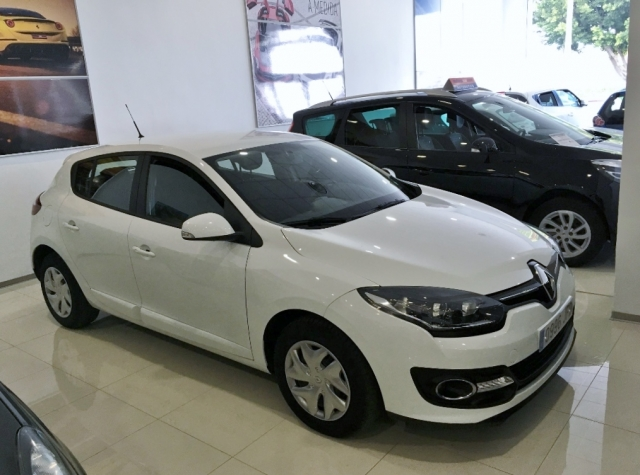 Renault Megane  Intens Dci 95 Eco2 5p. de ocasión en Málaga - Foto 1