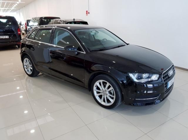 Audi A3 Sportback Advance Tdi de ocasión en Málaga - Foto 1