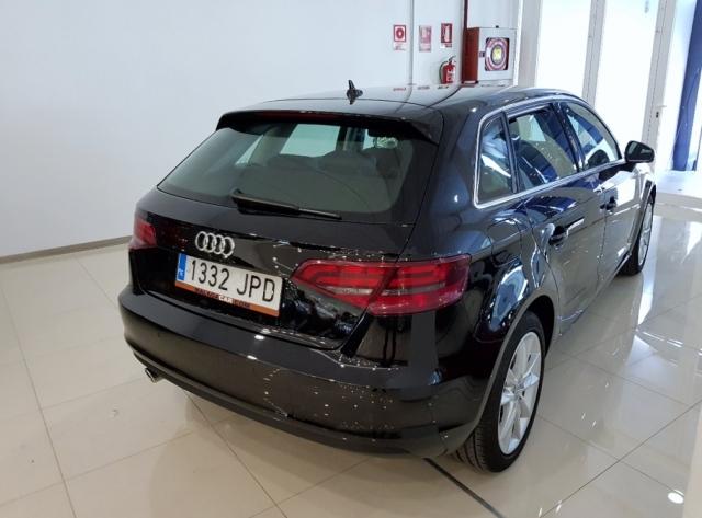 Audi A3 Sportback Advance Tdi de ocasión en Málaga - Foto 4