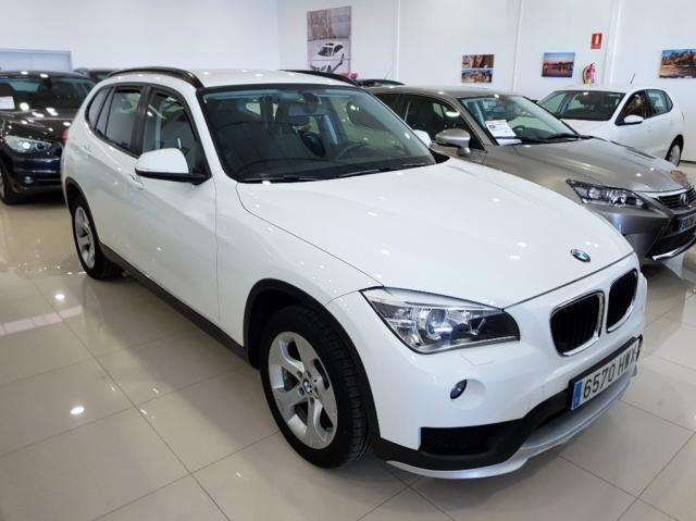 BMW X1  sDrive16d Essential Edition 5p. de segunda Mano en Málaga