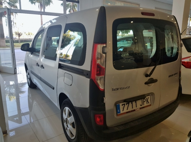 Renault Kangoo Combi  Profesional M1af En. Dci 55kw 75cv E6 4p. de ocasión en Málaga - Foto 3