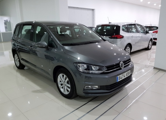 Volkswagen Touran  Edition 1.6 Tdi 85kw 115cv 5p. de ocasión en Málaga - Foto 2