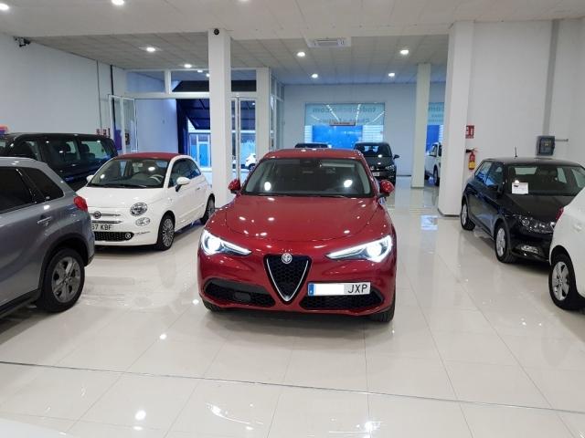 Alfa Romeo Stelvio  2.2 Diesel 180 Cv de ocasión en Málaga - Foto 5
