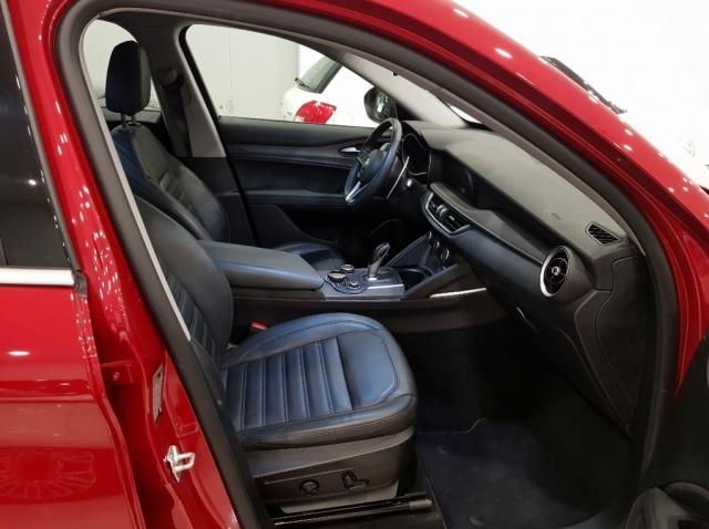 Alfa Romeo Stelvio  2.2 Diesel 180 Cv de ocasión en Málaga - Foto 12