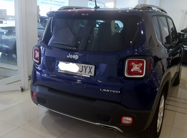 Jeep Renegade 1.6 Mjet Limited 4x2 E6 5p. de ocasión en Málaga - Foto 2