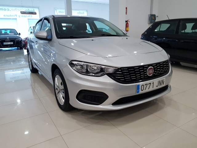 fiat tipo 2016 1 3 16v easy 95 cv diesel multijet ii 5p 5p diesel silver. Black Bedroom Furniture Sets. Home Design Ideas