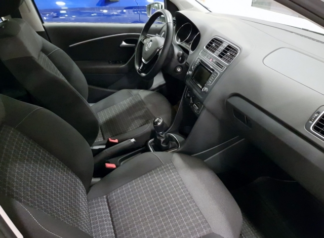 Volkswagen Polo  Advance 1.2 Tsi 66kw 90cv Bmt 5p. de ocasión en Málaga - Foto 5