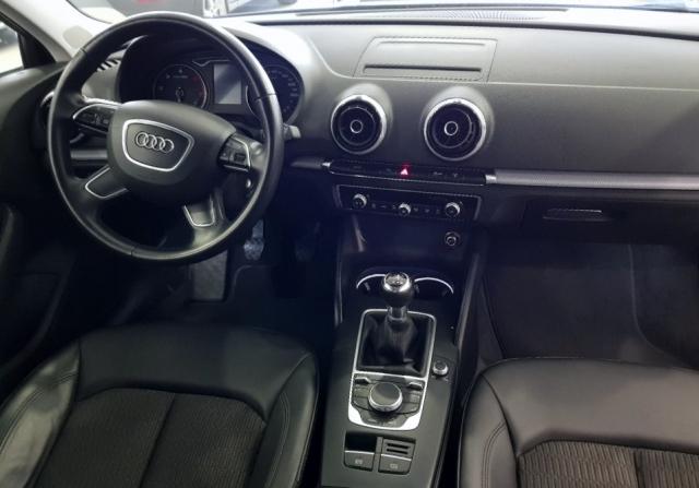 Audi A3  1.6 Tdi 110cv Sportback 5p. de ocasión en Málaga - Foto 6
