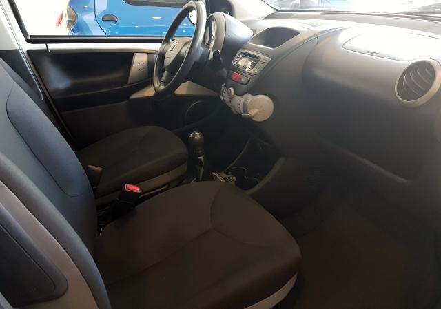 Toyota Aygo  70 Live 5p. de ocasión en Málaga - Foto 6