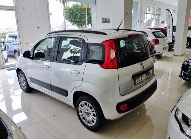 Fiat Panda  1.2 Lounge 51kw 69cv Eu6 5p. de ocasión en Málaga - Foto 3