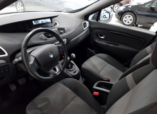 Renault Grand Scenic  Expression Energy Dci 110 Eco2 7p 5p. de ocasión en Málaga - Foto 9