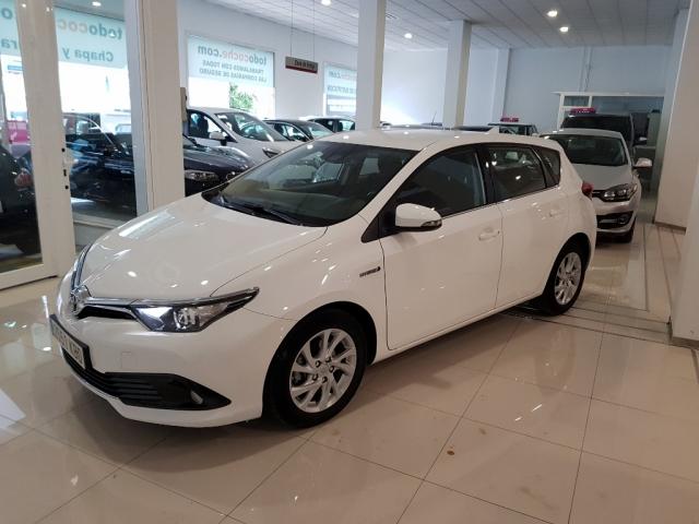 Toyota Auris  1.8 140h Hybrid Advance 5p. de ocasión en Málaga - Foto 2