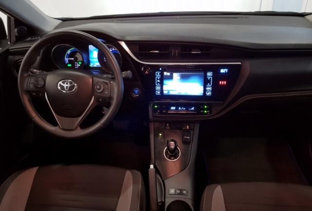 Toyota Auris  1.8 140h Hybrid Advance 5p. de ocasión en Málaga - Foto 6