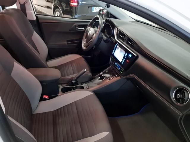 Toyota Auris  1.8 140h Hybrid Advance 5p. de ocasión en Málaga - Foto 7