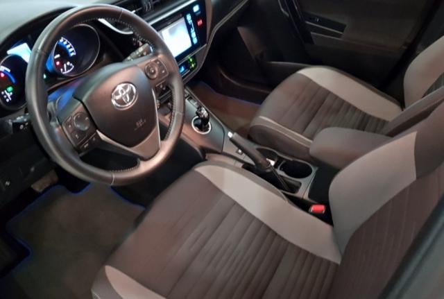 Toyota Auris  1.8 140h Hybrid Advance 5p. de ocasión en Málaga - Foto 8
