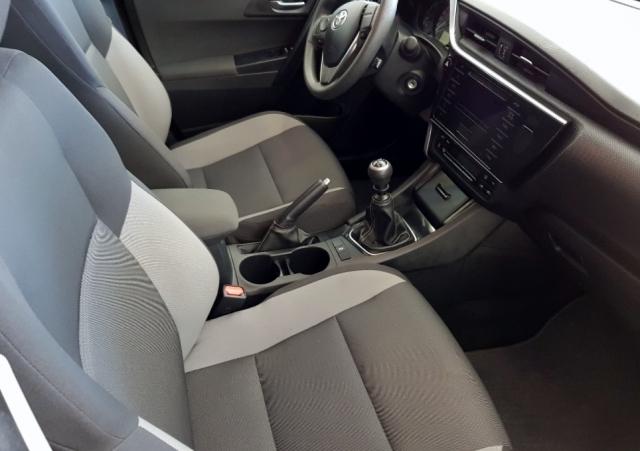 Toyota Auris  1.4 90d Business 5p. de ocasión en Málaga - Foto 6