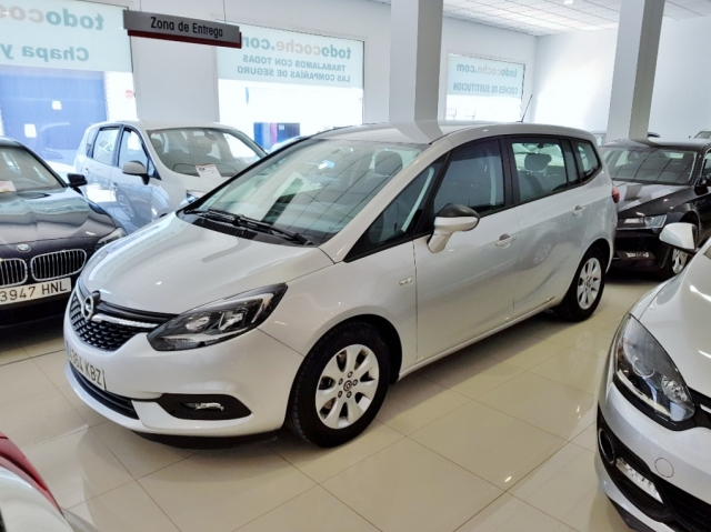 Opel Zafira 1.4 T Ss 103kw 140cv Selective 5p. de ocasión en Málaga - Foto 2