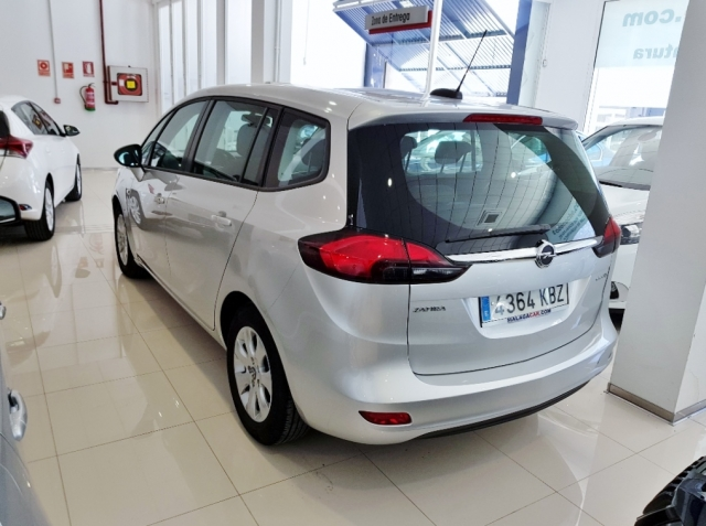 OPEL Zafira 1.4 T SS 103kW 140CV Selective 5p. for sale in Malaga - Image 3