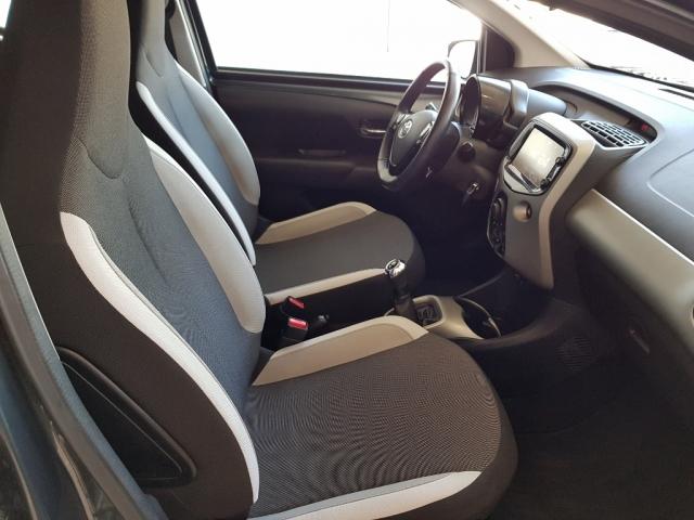 Toyota Aygo  1.0 70 Xplay 5p. de ocasión en Málaga - Foto 6