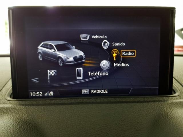 Audi A3  Sport Edition 1.6 Tdi Sportback 5p. de ocasión en Málaga - Foto 9
