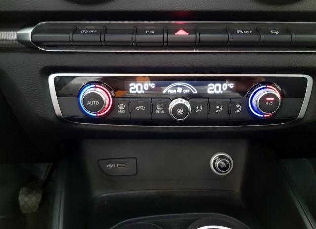 Audi A3  Sport Edition 1.6 Tdi Sportback 5p. de ocasión en Málaga - Foto 10