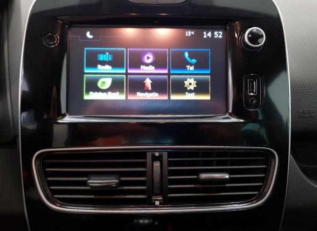 Renault Clio  Limited 1.2 16v 55kw 75cv 5p. de ocasión en Málaga - Foto 9