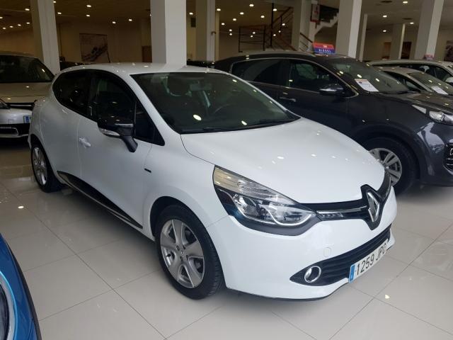 Renault Clio  Limited 1.2 16v 75 Euro 6 5p. de ocasión en Málaga - Foto 2