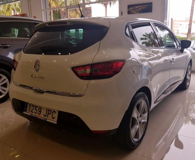 Renault Clio  Limited 1.2 16v 75 Euro 6 5p. de ocasión en Málaga - Foto 3